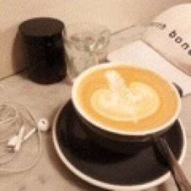 Photo of cafe John Mills Himself taken by Leah 888
